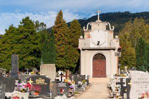zabytkowy-cmentarz-wiezikowa-kepka-w-szczyrku